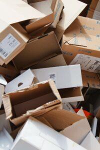 När du handlar från oss kan det hända att ditt paket kommer i en begagnad kartong.